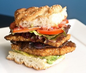 Blackened Tempeh burger for Tempeh vs. Tofu
